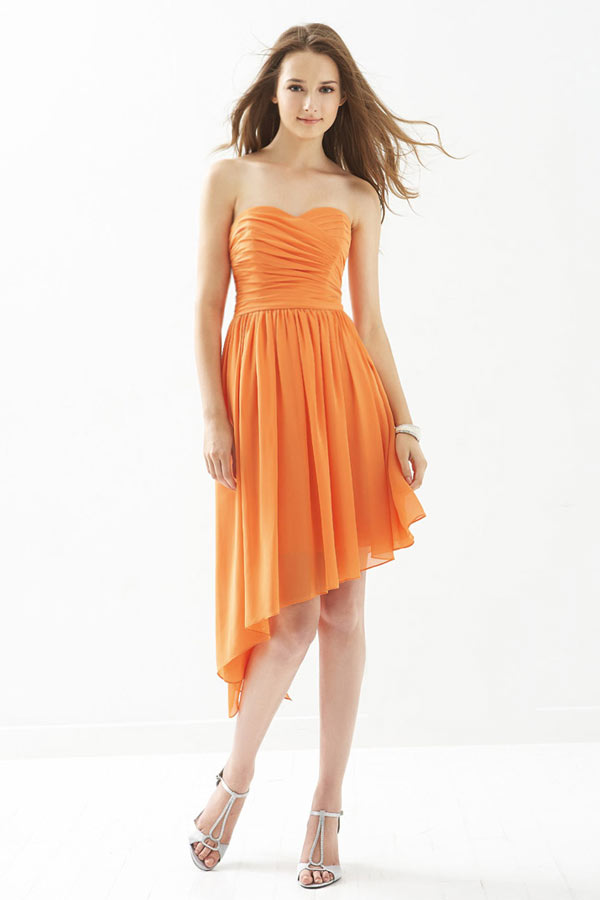 robe orange de soirée à jupe irrégulière pour mariage